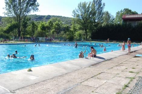 Casi diez mil ba istas han usado en julio la piscina for Piscinas municipales palencia