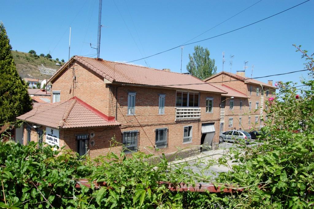 Actual casa cuartel de la guardia civil de guardo - Casas en guardo ...