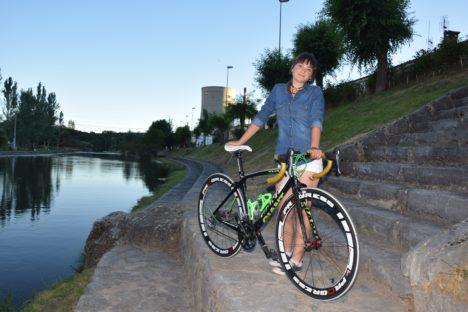 Ciclismo Laura tenorio es una promesa sobre ruedas